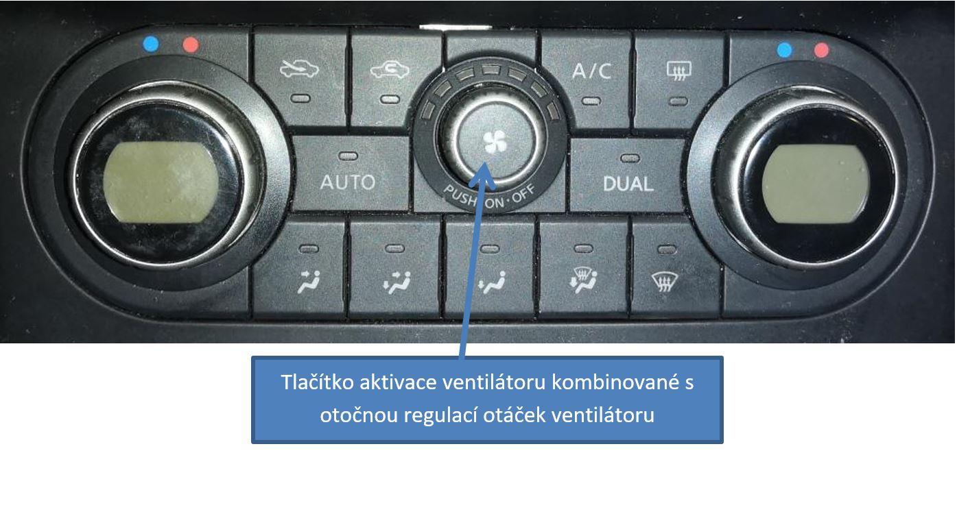 Detail ovládacího panelu klimatizace (řídící jednotky)